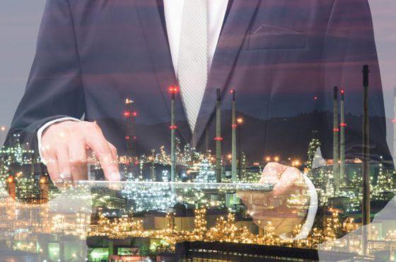 Im Zeitalter der Industrie 4.0 verändert sich die Wirtschaft immer mehr und die Unternehmen müssen dem entgegen treten.