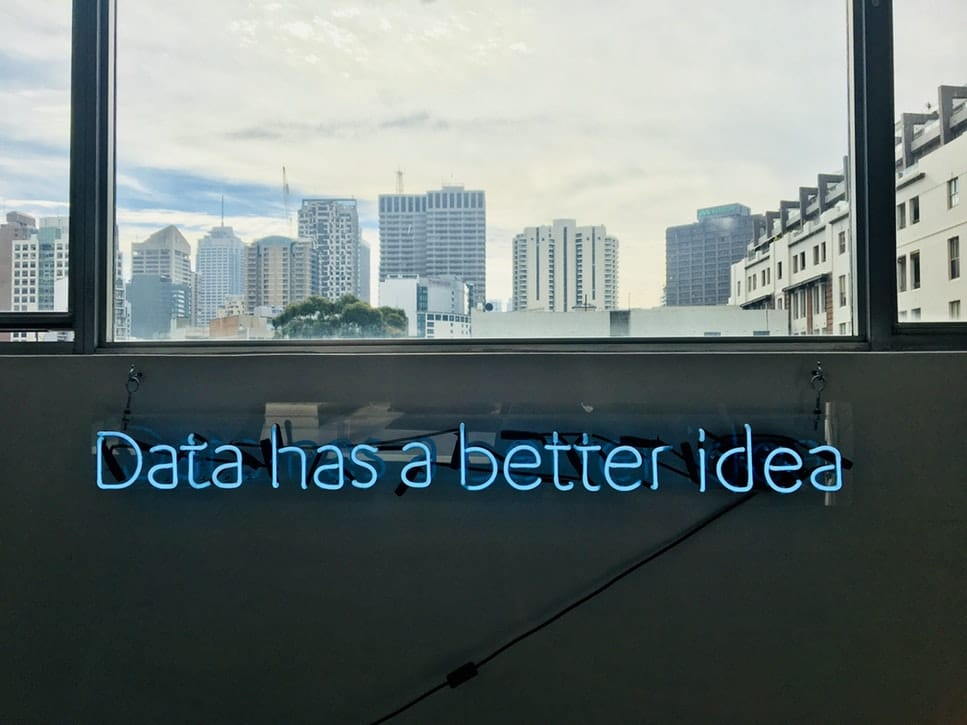 "Schriftzug ""Data has a better idea"""